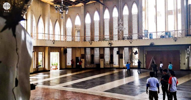 Philippines: Courage and faith celebrated as cathedral re-opens