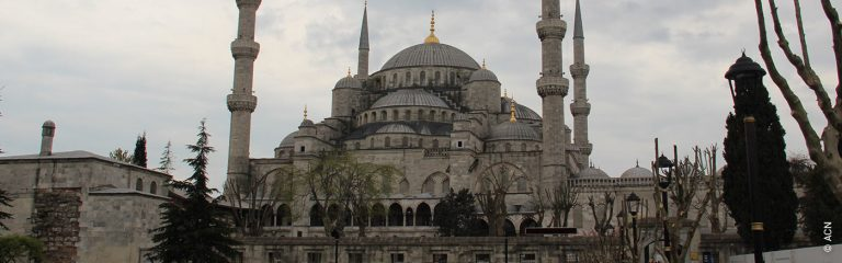 """Turkey: """"Christians are losing everything they own"""""""